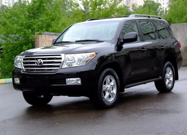Toyota Land Cruiser1